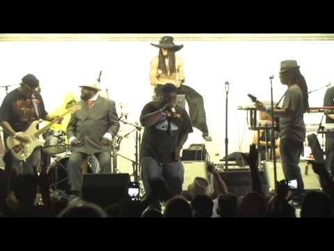 George Clinton & Parliament Funkadelic Not Just Knee Deep