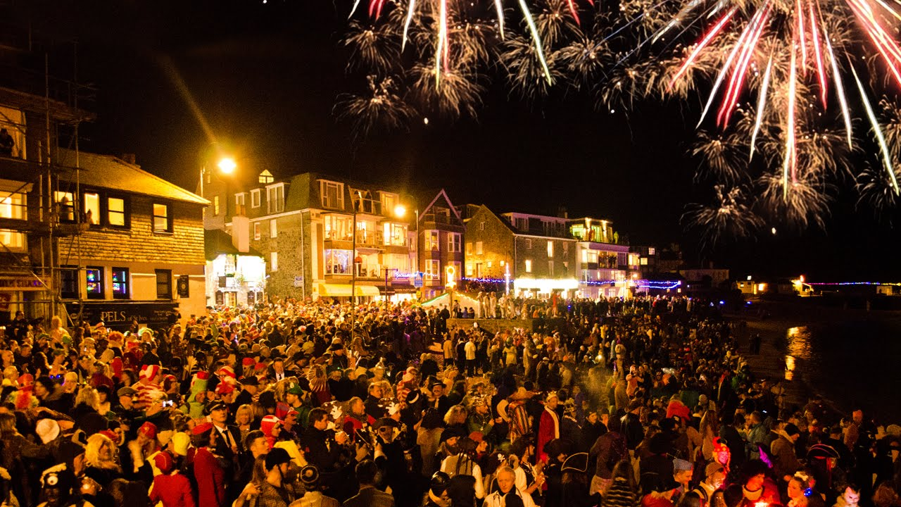 Happy New Year 2015 from St Ives! - YouTube