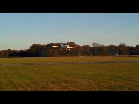 Grumman Yankee AA-1B 160 hp Low Pass