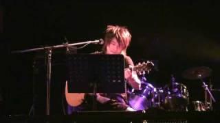 2009年7月にリリースされた 「GIFT~君は神様からの贈り物」より 阿久の...