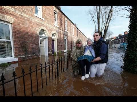 Storm Desmond: More Record-breaking Flash floods, this time its England