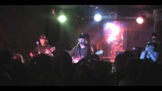 "Devil Makes Three ""Graveyard"" live (thesomshow.com)"