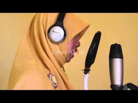 Suara Emas Lili (Keramat Cover By Lili)