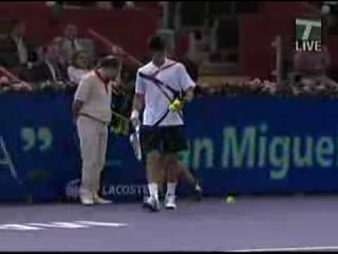 Djokovic Hits Very Hot And Sexy Ball Girl Youtube