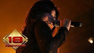 Ikke Nurjanah - Munafik (Live Konser Blitar 28 Januari 2006)