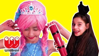 GIANT PARTY POPPER 💥 Malice's New Year's Prank - Princesses In Real Life | WildBrain Kiddyzuzaa