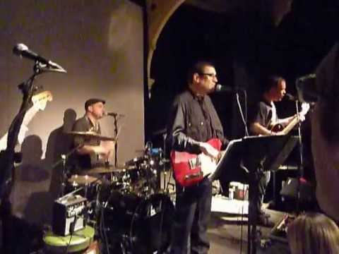Paul Heaton - Me And The Farmer - Kings Arms Salford - 15-5-12