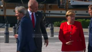 Merkel flet për stabilitet: Zhvillim Ballkanit - Top Channel Albania - News - Lajme