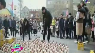 بالفيديو.. أغرب عرض زواج باستخدام 1500 زجاجة حليب