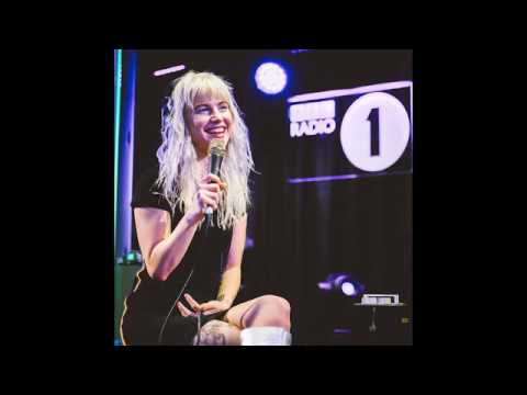 Passionfruit (Remastered) - Paramore @ BBC Live Lounge