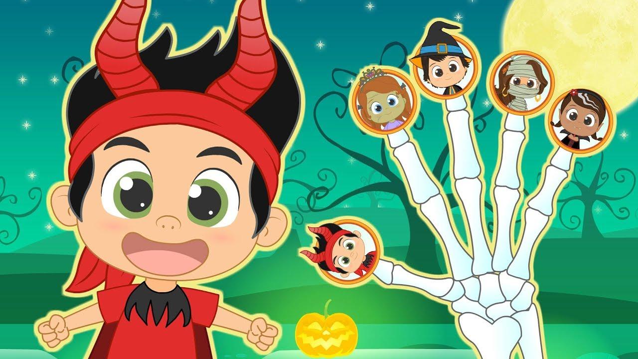 FINGER FAMILY 😈 Celebrate Halloween with Disney Junior   Children's Songs