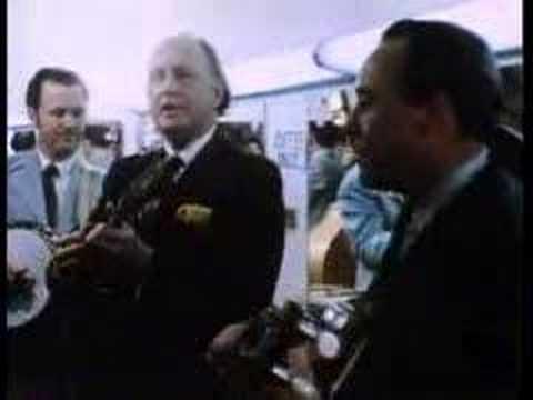 1972 - Rare Film -Bill Monroe & Earl Scruggs Backstage