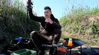 Забыл дома червей не проблема Рыбалка на Фидер пока жду карпа Карпфишинг Рыбалка на карася