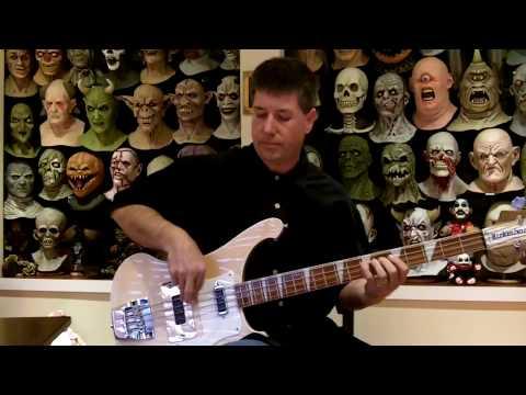 Entre Nous Bass Cover