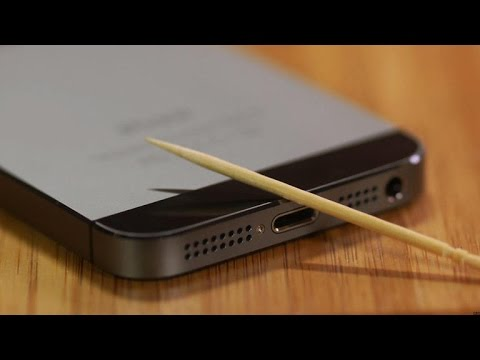 how to clean iphone speakers use a toothpick to clean out your iphone 17113
