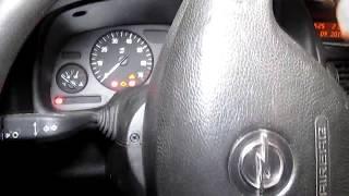 Как снять приборную панель и замена лампочки Opel Astra G