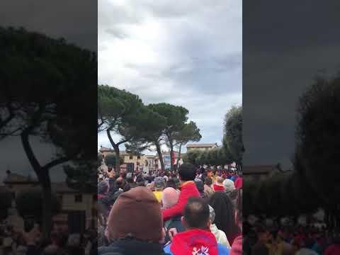 PANICO ALLA CORSA DEI CERI DI GUBBIO!!CADUTA CERO 15/05/2019