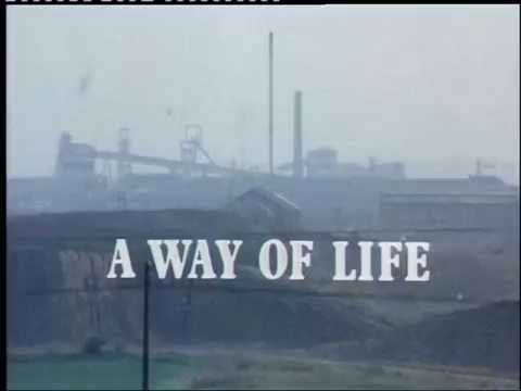 Sam 1973  Series 1, episode 1, title sequence