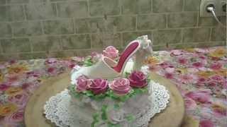 торт з черевичком з мастики