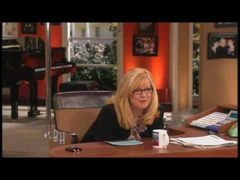 Bonnie Hunt Takes Off Her Pants On THE BONNIE HUNT SHOW