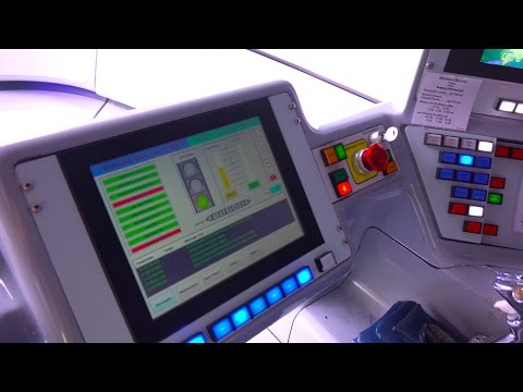 [4K] Monorail Cockpit : Downtown Disney to Tomorrowland : 2014 POV - Disneyland Resort, California
