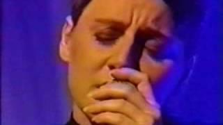 Cocteau Twins - Half-Gifts (Live on MTV
