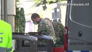 EOD ingezet bij vermoedens van explosief aan deur cafe in Zwolle