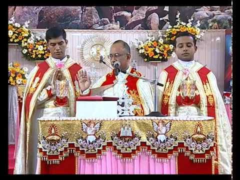 Holy mass malayalam Christmas Special Bishop Mar George Madathikandathil വിശുദ്ധ കുർബാനയുടെ അനുഗ്രഹം