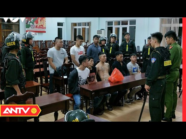 Nhóm đối tượng dùng vũ khí chống trả cảnh sát | Nhận diện tội phạm | ANTV