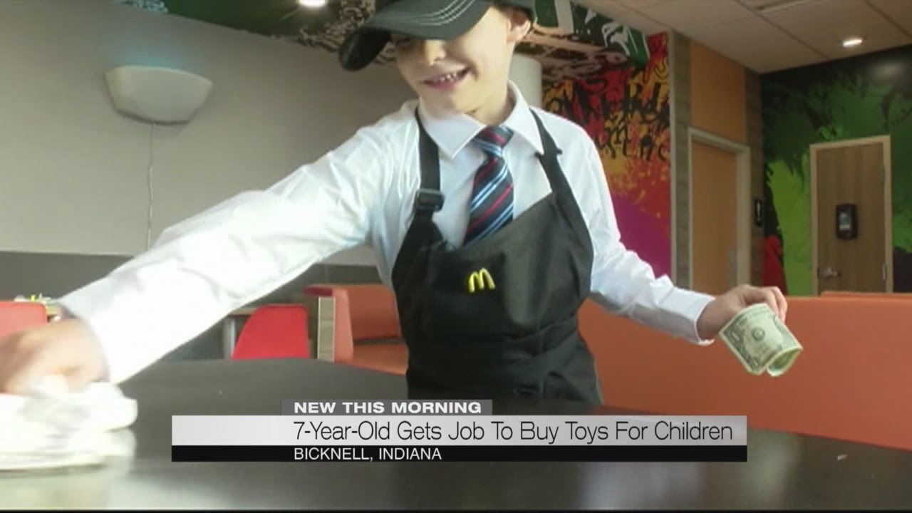 7-year-old gets job to buy toys for children - YouTube