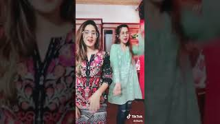 Download Video Saand ki ankh Beautiful hot girl  show by indian girls Dance pranks videos in india 2019 MP3 3GP MP4