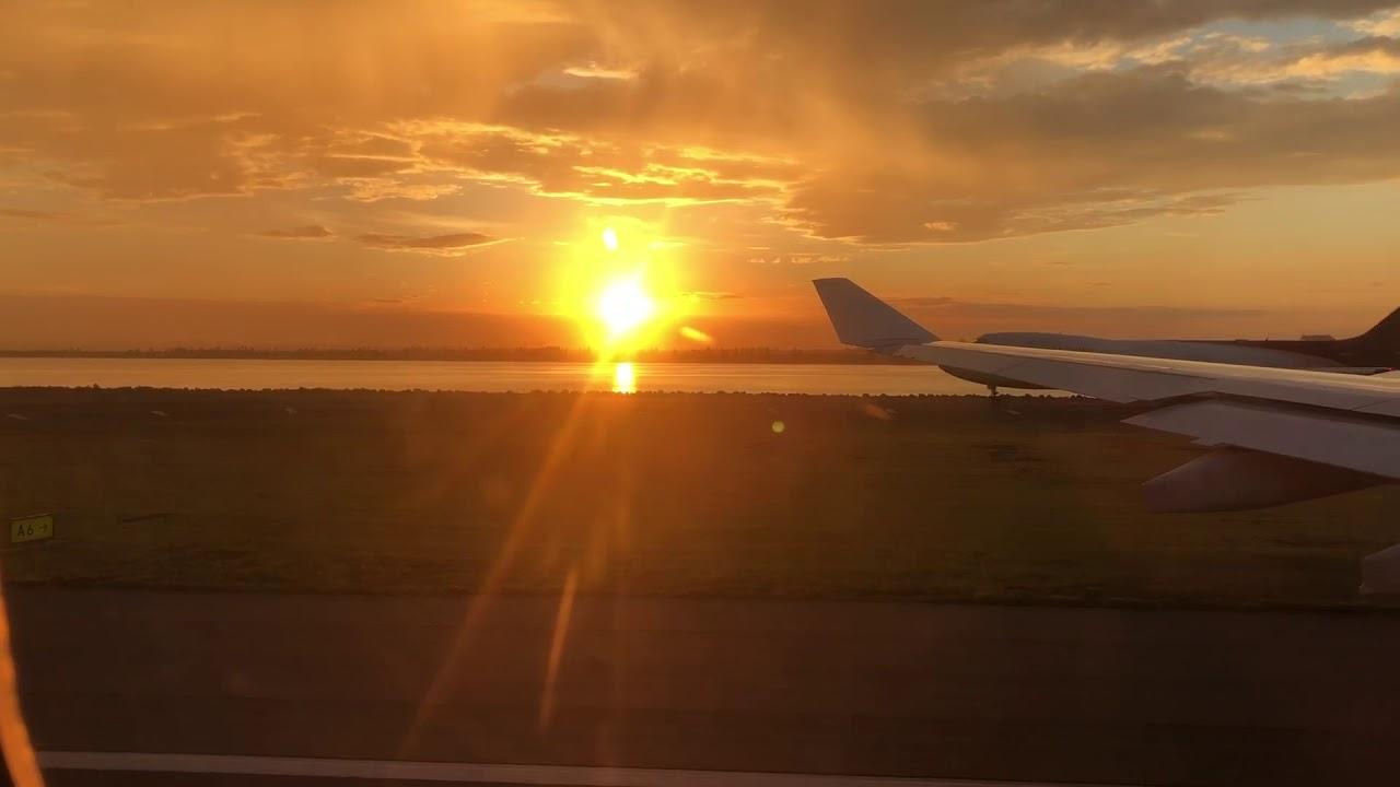 Sunset takeoff Sydney airport