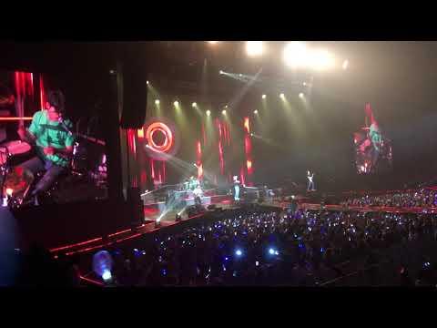 CNBLUE Between Us in Bangkok 2017 - Opening + Radio