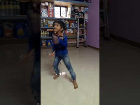 Super dance by little kid