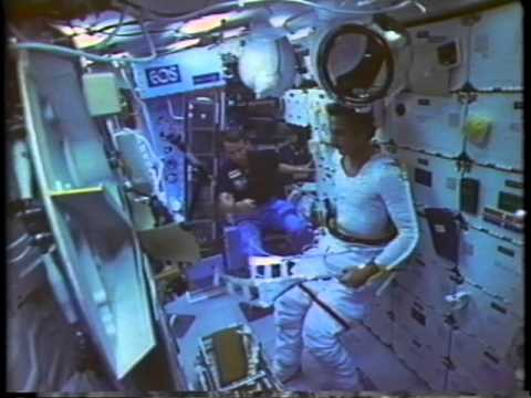 Space Shuttle Flight 16 (STS-51D) Post Flight Presentation