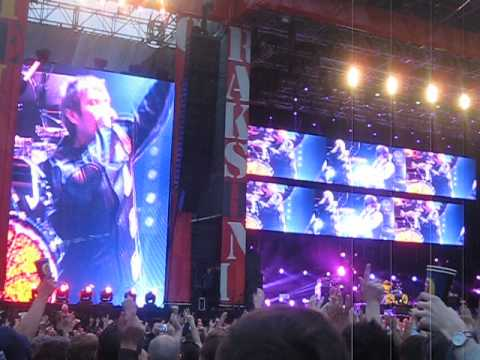 The Stone Roses '10 Storey Love Song' Live @ Finsbury Park 08/06/13