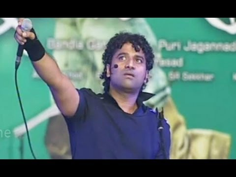Devi Sri Prasad Rocking Performance - Iddarammayilatho Audio Release