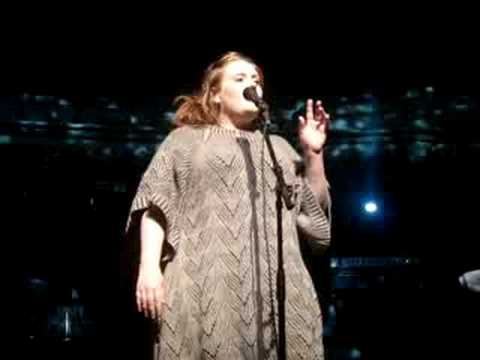 ADELE LIVE : First Love
