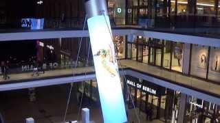Der grösste Füllfederhalter der Welt in der Mall of Berlin 2015