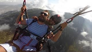 Paraşütten İndi Yeri Öptü Komik /Parachute Landed Kissed Funny