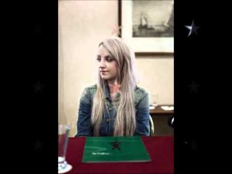 Evanna Lynch - Blonde or Red Hair? - YouTube