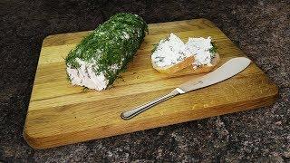 Как сделать мягкий сыр с зеленью: закуска из кефира и сметаны