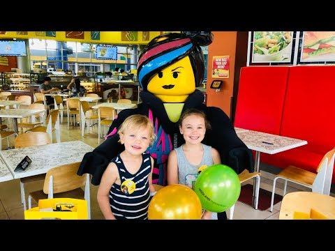 Alma fyller 7 år! Firas på LEGOLAND Malaysia VLOGG