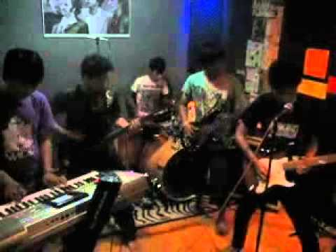 Lugia Band - Curahan Hati (Live Studio).mp4