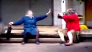 Бой бабушек! Приколы