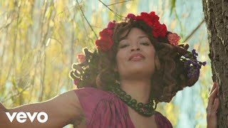 Valerie June - Call Me A Fool [feat. Carla Thomas] (Official Music Video)
