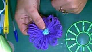 Gift Box and Daisy Wheel Flower Tutorial, Jennings644