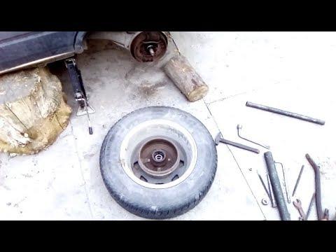 Renault 11. Как снять барабан без съёмника + задние колодки.