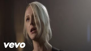 Watch Laura Marling Sophia video