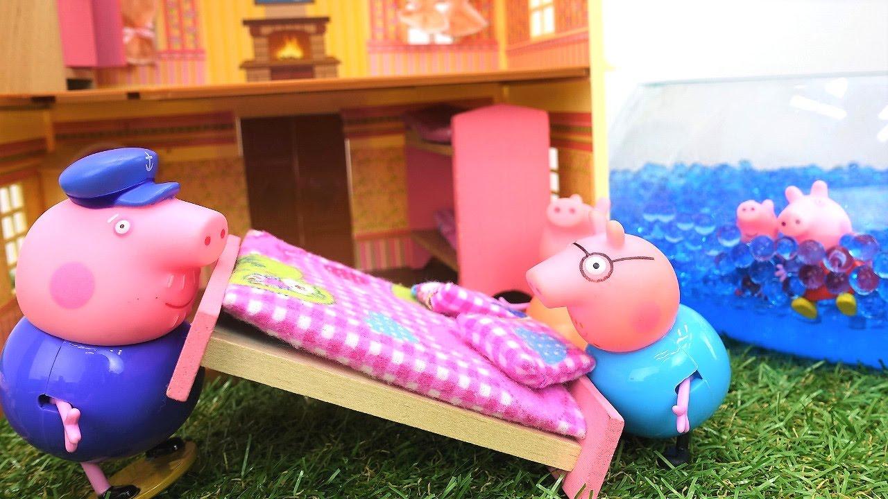 Детские игрушки - Пеппа и семья Свинов в новом домике